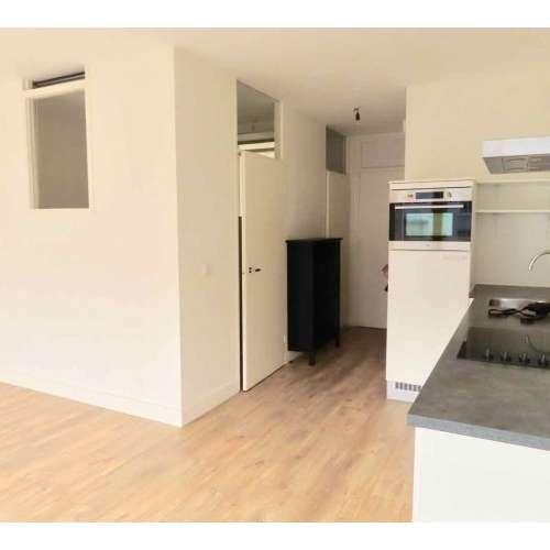 Foto #d0d88ca7-3400-49b0-b00d-eec68eff3e91 Appartement Lage Nieuwstraat Den Haag
