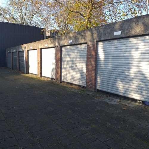 Foto #ad507a4e-d7d8-42e1-bff4-627ac811528f Garage Korvelseweg Tilburg
