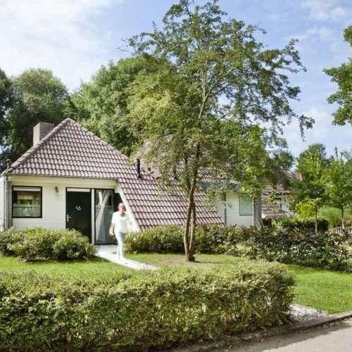 Foto #9f959cf6-9a45-4e3d-9b4d-cda912f01d27 Bungalow Zwembadweg Posterholt