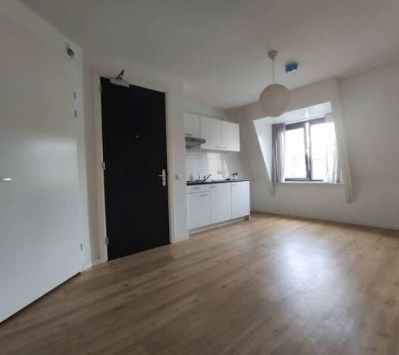 Foto #d7d532b9-f045-40f8-8b46-db860f475026 Studio Lijmbeekstraat Eindhoven